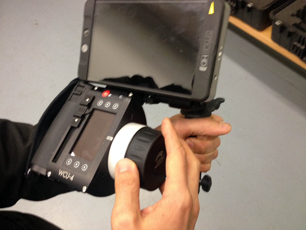 wcu-4 monitor mount smallHD 702 screen is very close to index mark